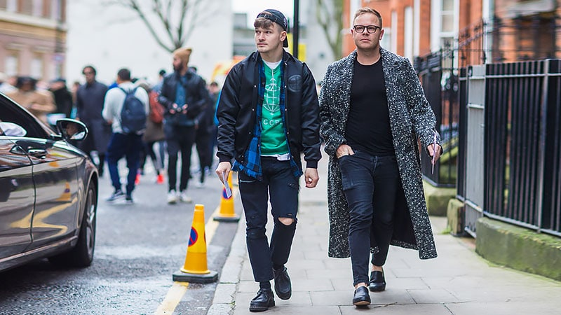 What to Wear with Dark Jeans – Daily