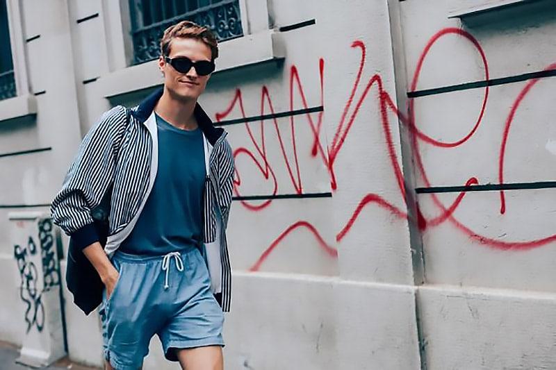 short-shorts-men-street-style