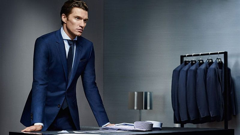 How to Pick the Right Suit Colour and Fabric