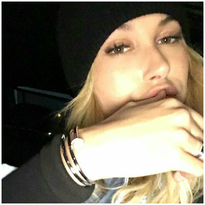 Hailey Baldwin Snap