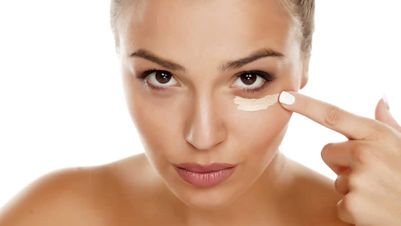 Use Concealer to Hide Dark Circles