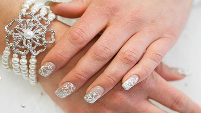 winter wedding nails