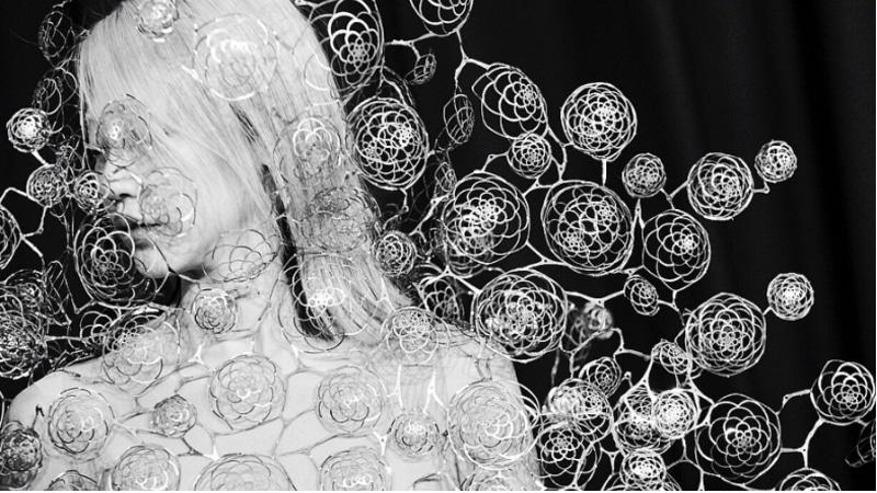 Fashion News - Iris Van Herpen's 10th Anniversary Features Underwater Musicians, Swarovski Crystals and Bjork